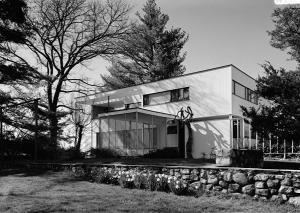 """Walter Gropius photo Gropius house Lincoln MA"" by Jack E. Boucher - Library of Congress"